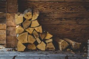 A fa kétszer melegít