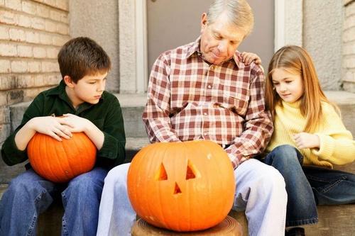 Halloween-ünnepe-család