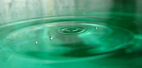 víz cseppekkel