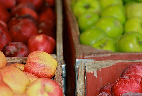 almák a piacon