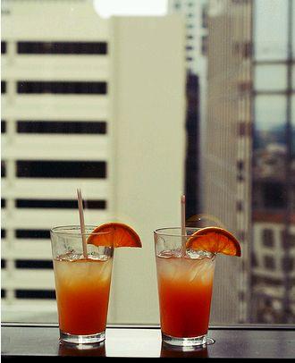 narancs likőr jéggel