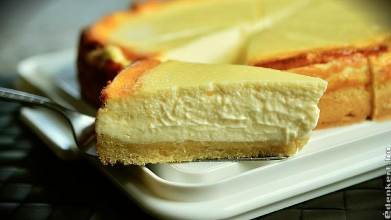 Hogyan készítsünk finom New York-i sajttortát?