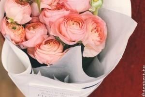 Mi mindent jelenthet egy szál rózsa? Színek és üzenetek
