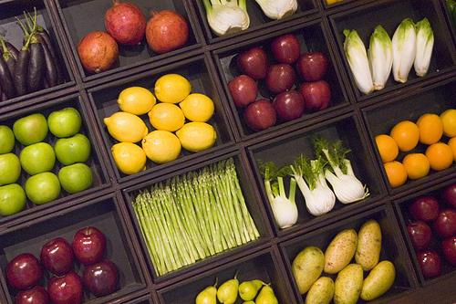 Gyümölcsök-zöldségek