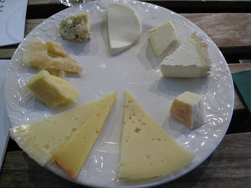 Sajt-sajtfélék
