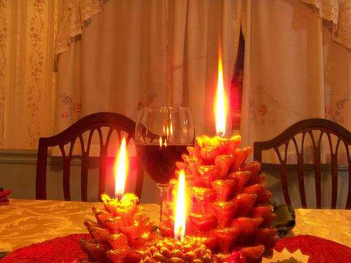 gyertya-karacsonyi-parti