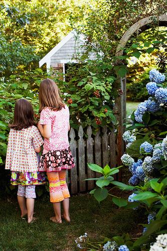 gyerekek-kerteszek