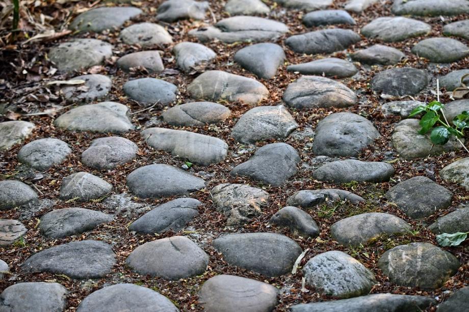 cobble-stones-3407616_1280