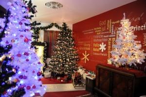 Új karácsonyfadíszek és szolgáltatások