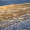Melyik a hatékonyabb téli csúszásgátló: zeolit, homok, fűrészpor?