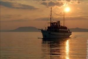 Újra itt a Nyár – vár a Balaton és a Tisza-tó!