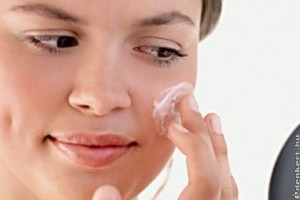 Az étrend is felelős a pattanásos arcbőrért