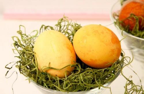 termeszetes_tojasfestes_kurkuma1