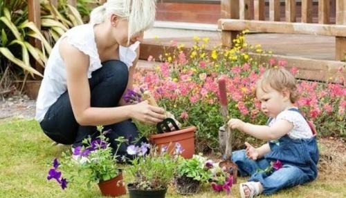 A kertészkedést nem lehet elég korán elkezdeni!