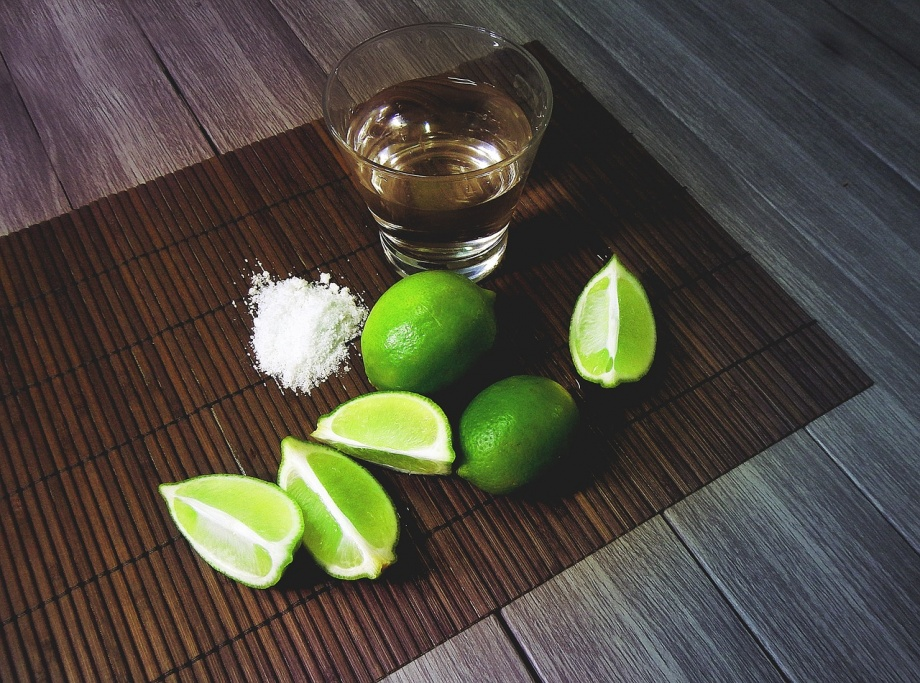 tequila-2593432_1280