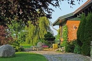 5 tanács, hogyan tervezz térkövet a kertbe