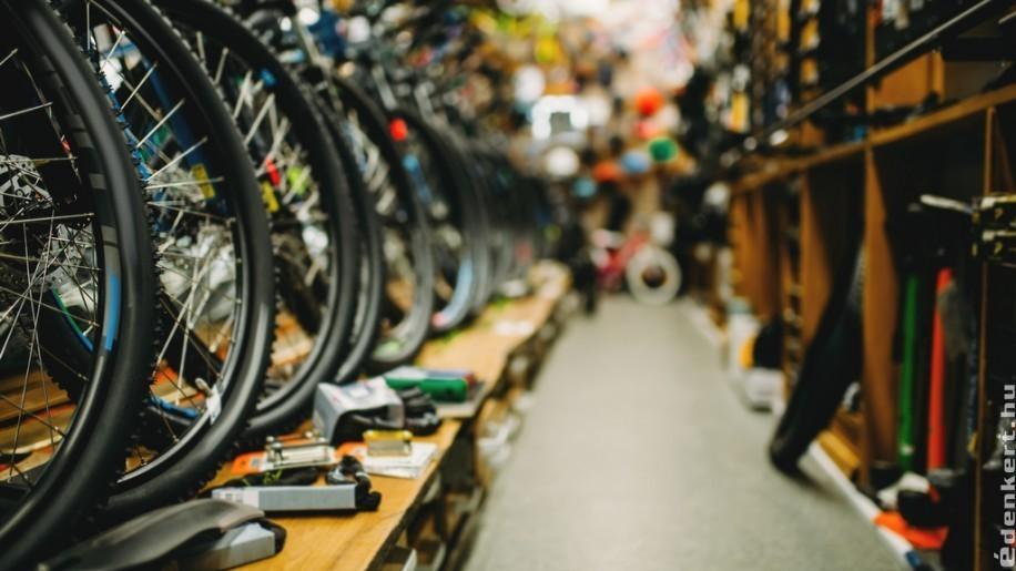 Fővárosi kerekező? Akkor irány a kerékpárbolt Budapest területén!