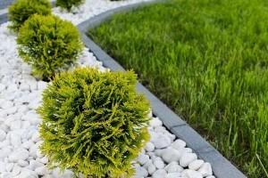 Minimalista kert kavicsággyal, tényleg jó megoldás?