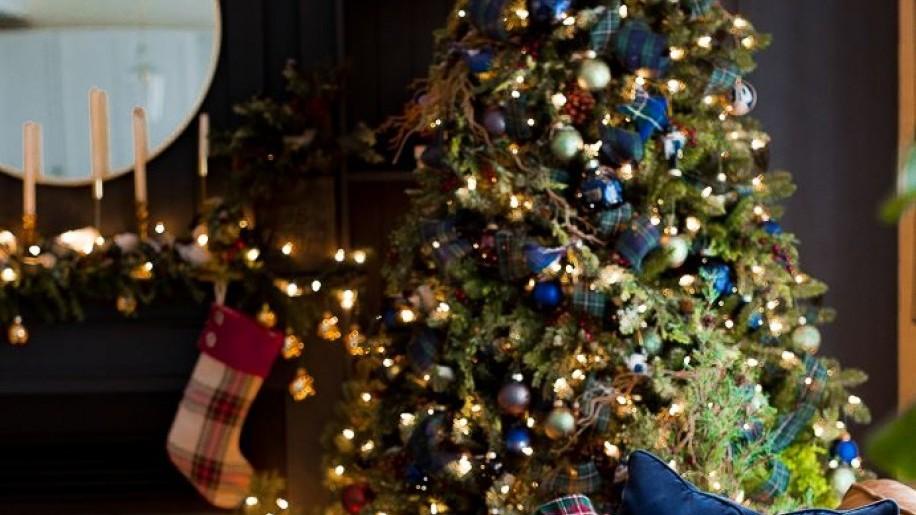 Az ombrétól a minimalistáig - 10 gyönyörű karácsonyfa