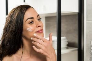 Ránctalanító arckrémek a tökéletesen sima arcbőrért