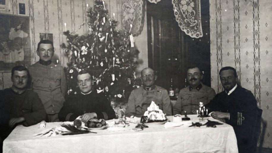 Gyümölcsök és növények az ünnepi asztalnál - így karácsonyoztak elődeink