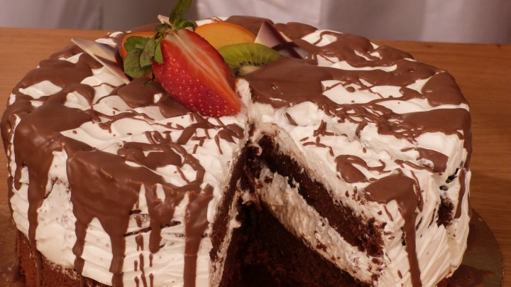 fehr_fekete_torta