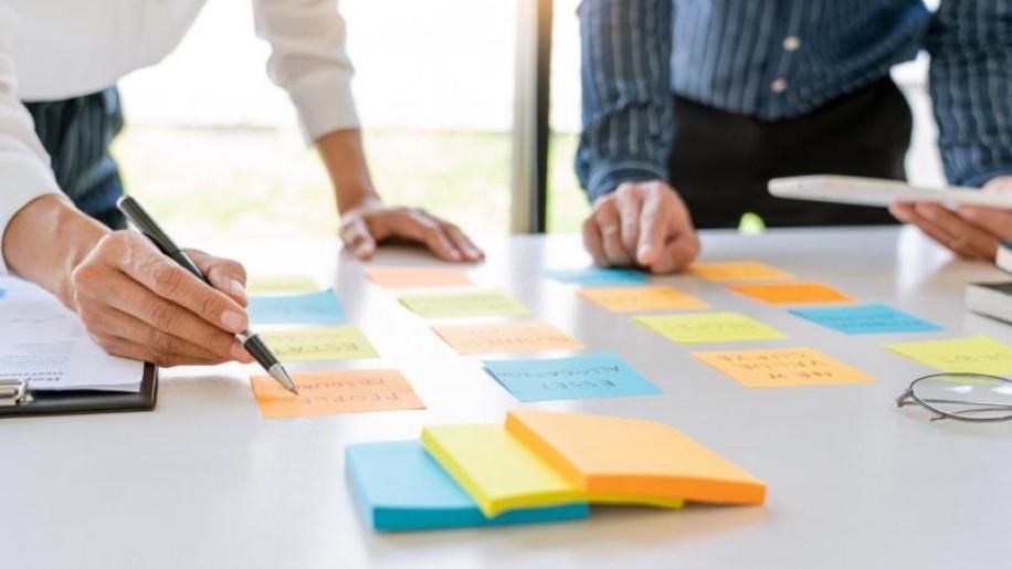 Négy tipp, hogy ne jelentsen fejfájást a cégalapítás