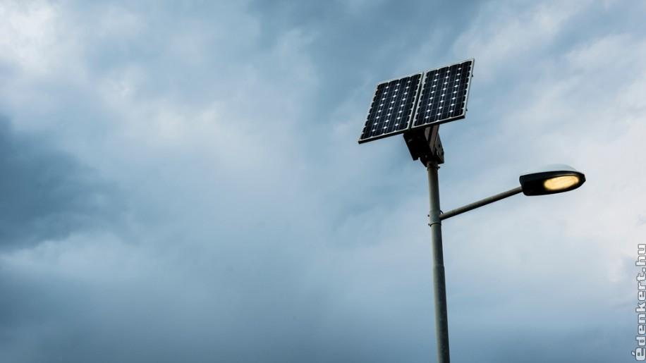 A napelemes kandeláber minden szempontból jelesre vizsgázott