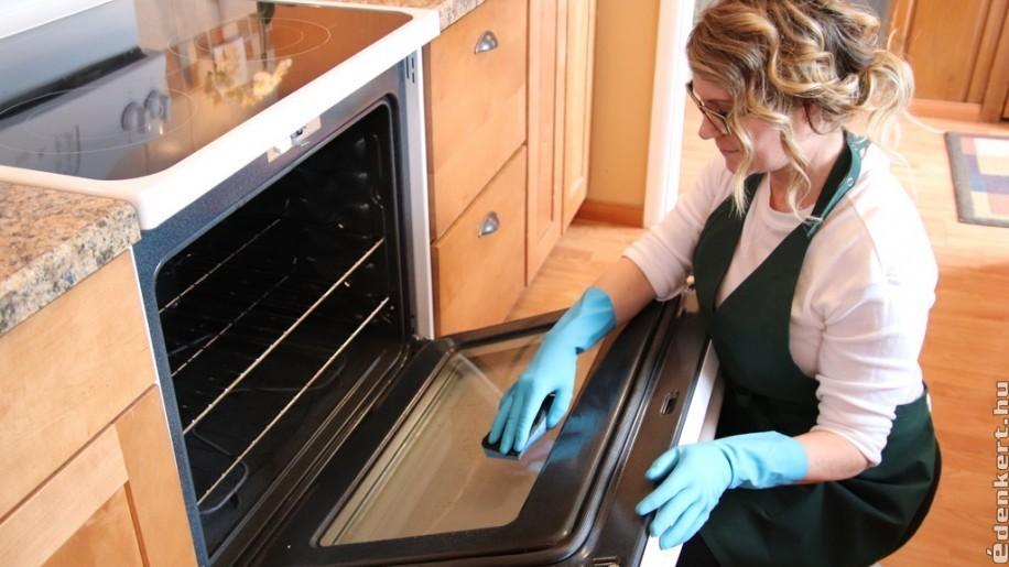 Környezetbarát sütőtisztítás