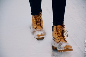 Női bakancs a téli időszakra